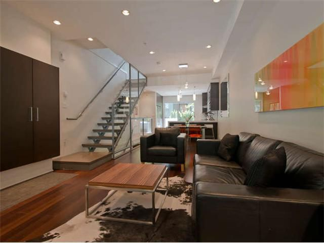 """Main Photo: 2186 W 8TH Avenue in Vancouver: Kitsilano Townhouse for sale in """"CANVAS"""" (Vancouver West)  : MLS®# V1066040"""