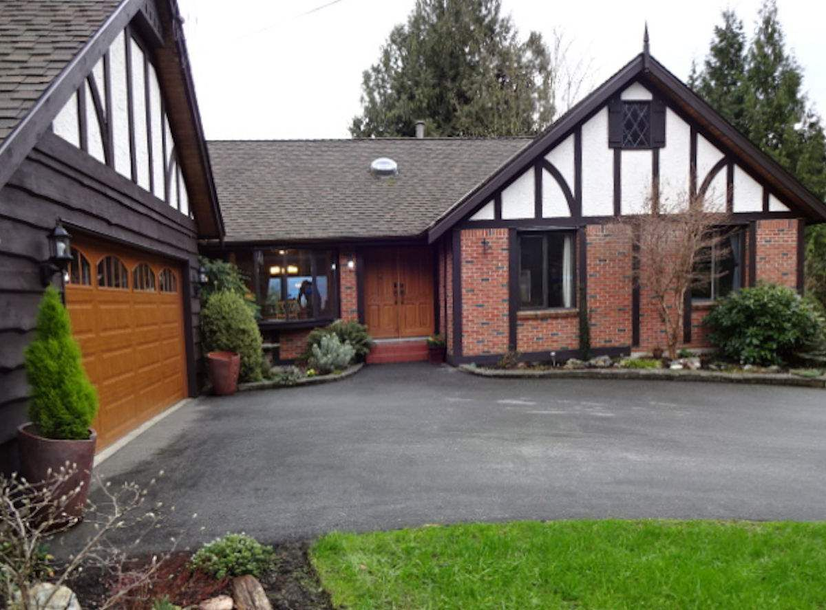 """Main Photo: 36178 DAWN Crescent in Abbotsford: Abbotsford East House for sale in """"Sunrise Park"""" : MLS®# R2035591"""