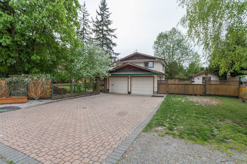 Main Photo: 2529 126 Street in Surrey: Crescent Bch Ocean Pk. House for sale (South Surrey White Rock)  : MLS®# R2057432