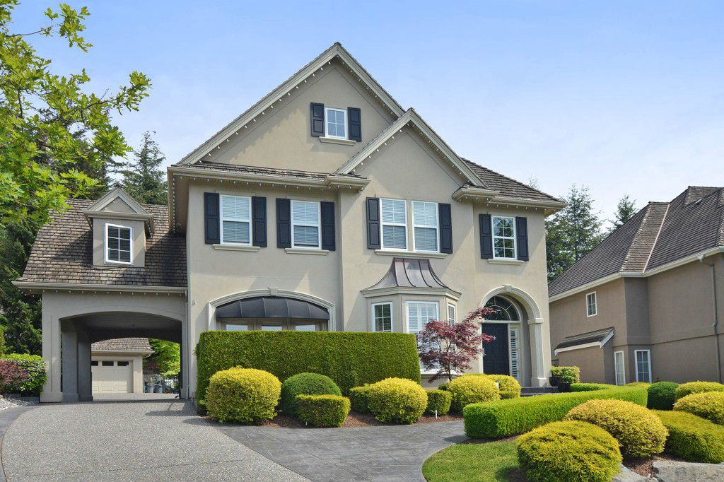 """Main Photo: 35511 DONEAGLE Place in Abbotsford: Abbotsford East House for sale in """"EAGLE MOUNTAIN"""" : MLS®# R2065635"""