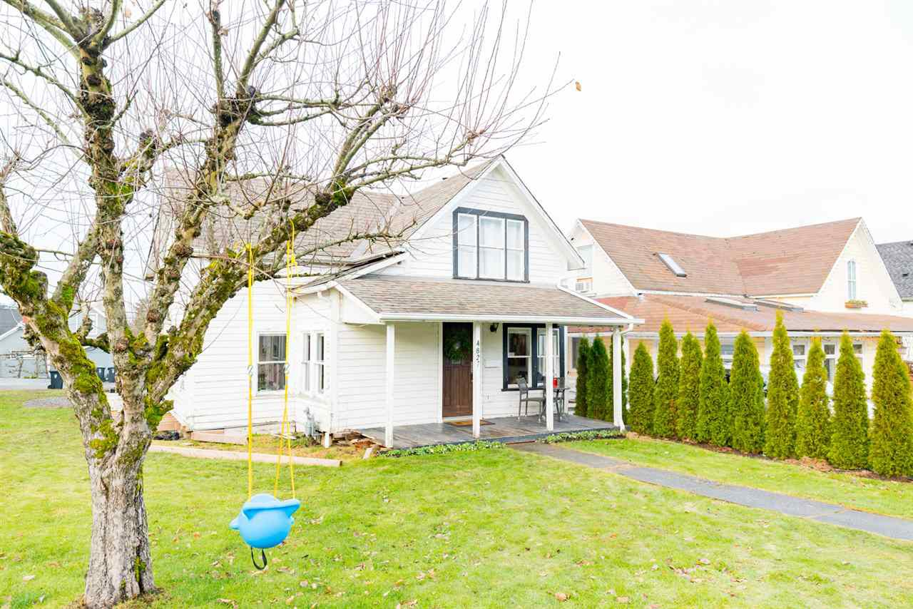 "Main Photo: 4827 216A Street in Langley: Murrayville House for sale in ""MURRAYVILLE"" : MLS®# R2128532"