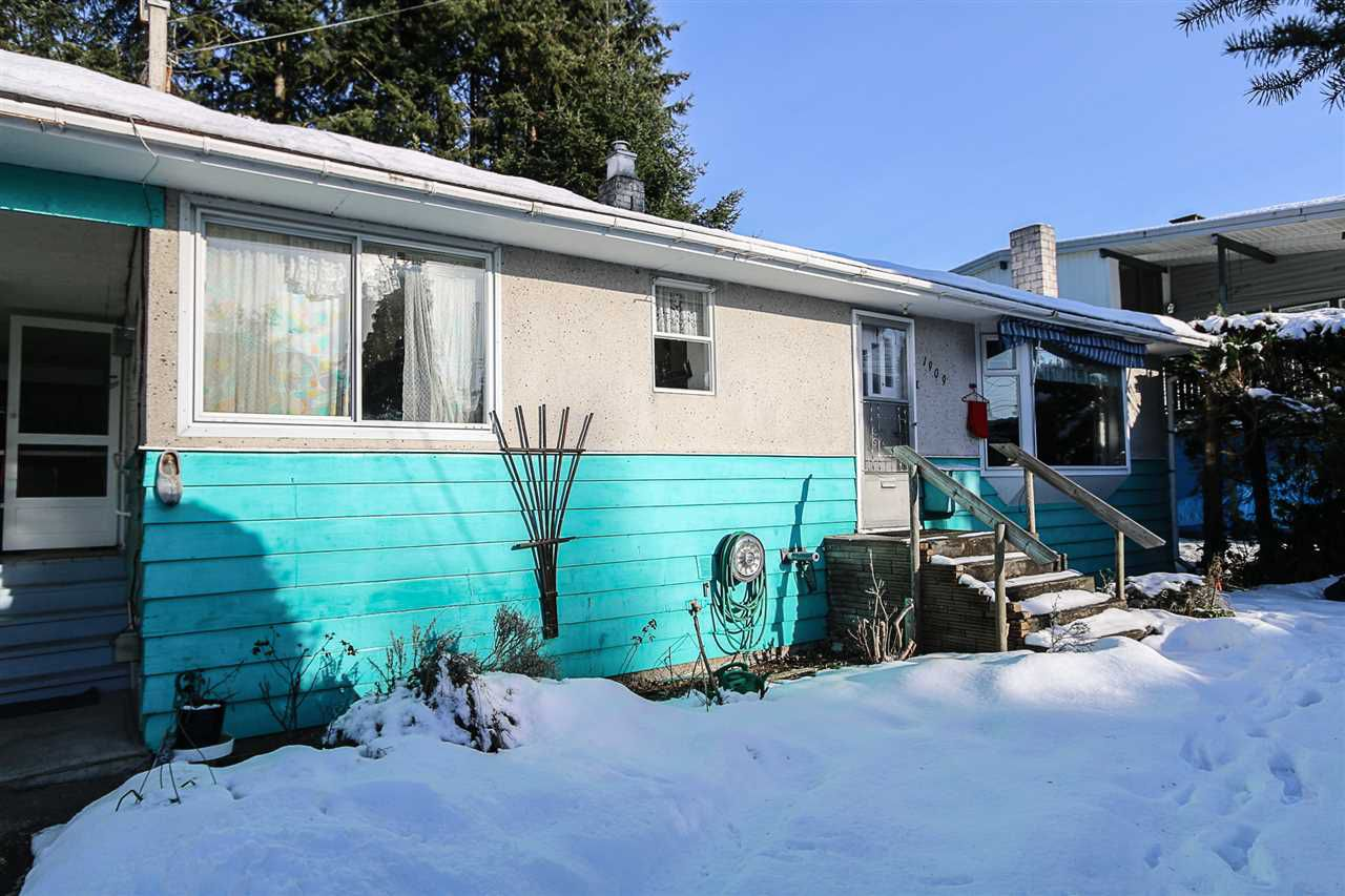 Main Photo: 1909 RHODENA Avenue in Coquitlam: Central Coquitlam House for sale : MLS®# R2128976
