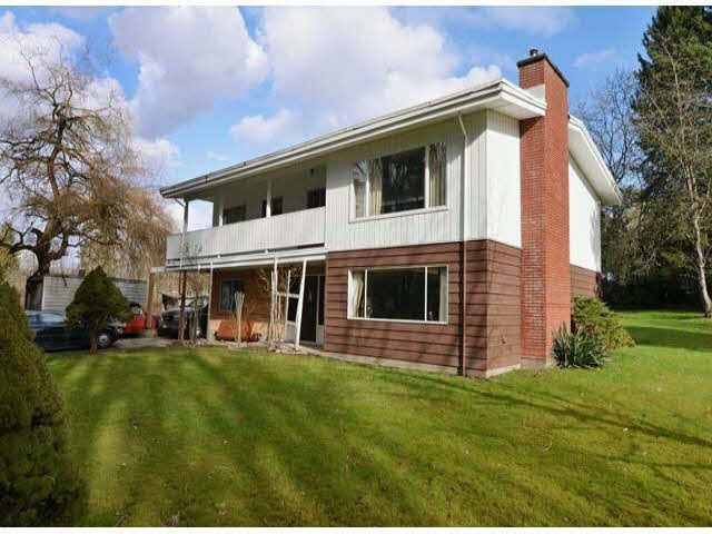 Main Photo: 19243 76 Avenue in Surrey: Clayton House for sale (Cloverdale)  : MLS®# R2175825