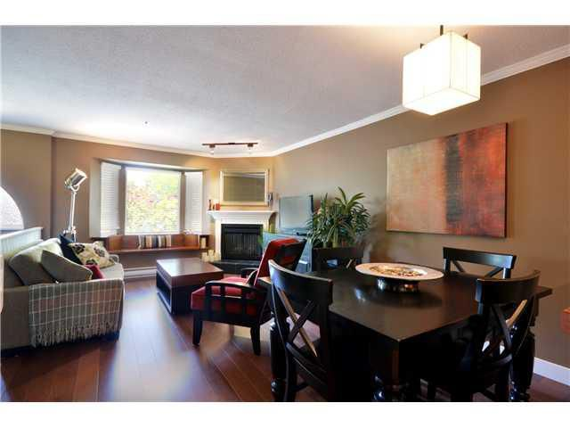Main Photo: 2306 VINE ST in Vancouver: Kitsilano Townhouse for sale (Vancouver West)  : MLS®# V960791