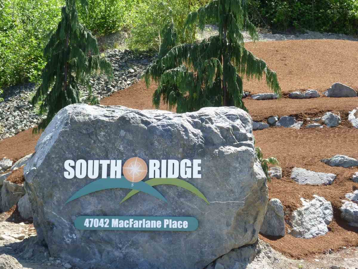 """Main Photo: 26 47042 MACFARLANE Place in Sardis: Promontory House for sale in """"SOUTH RIDGE"""" : MLS®# R2261522"""