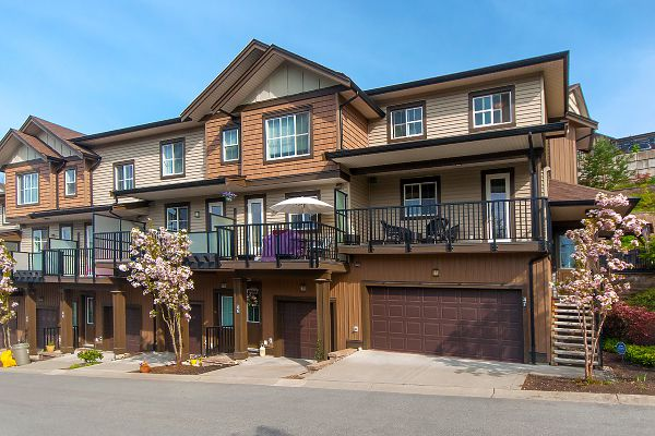"Main Photo: 47 11176 GILKER HILL Road in Maple Ridge: Cottonwood MR Townhouse for sale in ""BLUE TREE HOMES AT KANAKA CREEK"" : MLS®# R2264857"