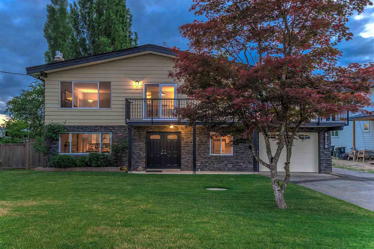 """Main Photo: 5139 214TH Street in Langley: Murrayville House for sale in """"Murrayville"""" : MLS®# R2283506"""