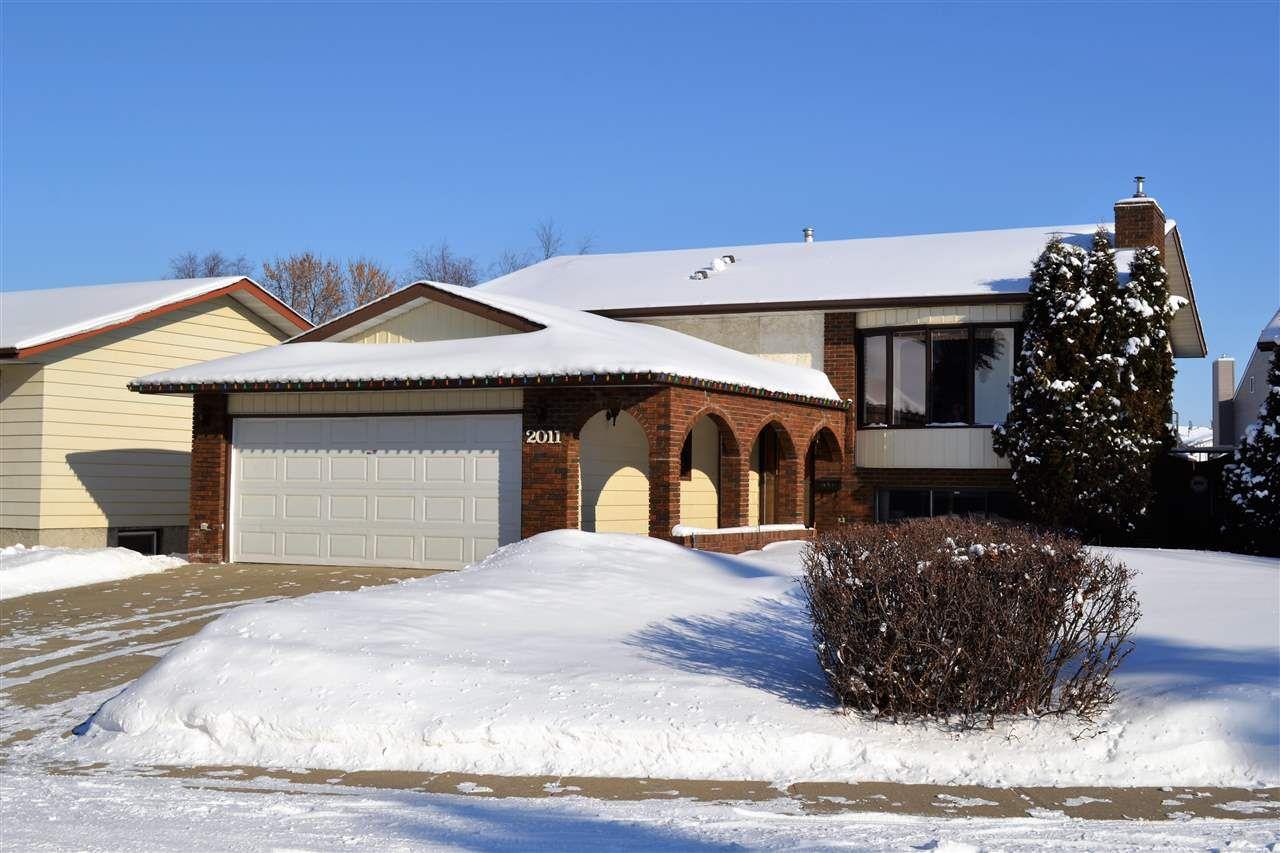 Main Photo: 2011 48 Street in Edmonton: Zone 29 House for sale : MLS®# E4143853