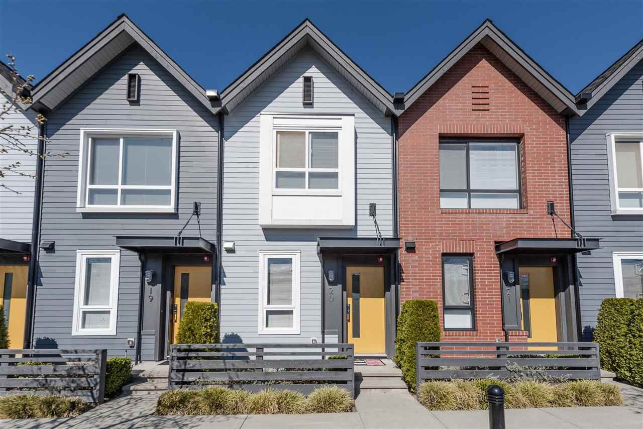 """Main Photo: 20 6868 BURLINGTON Avenue in Burnaby: Metrotown Townhouse for sale in """"METRO"""" (Burnaby South)  : MLS®# R2346304"""