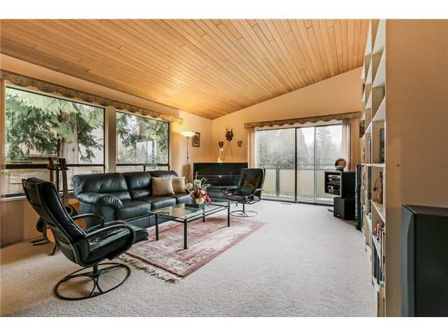Main Photo: 3099 WILLIAM Avenue in North Vancouver: Lynn Valley House for sale : MLS®# V1110631