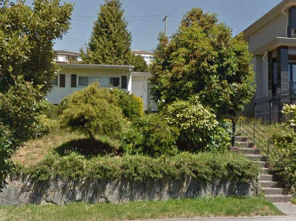 Main Photo: 2115 HARRISON Drive in Vancouver: Fraserview VE House for sale (Vancouver East)  : MLS®# R2116235
