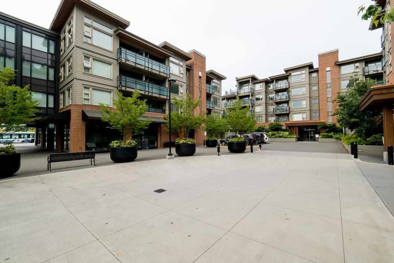 "Main Photo: 506 1677 LLOYD Avenue in North Vancouver: Pemberton NV Condo for sale in ""DISTRICT CROSSING"" : MLS®# R2119885"