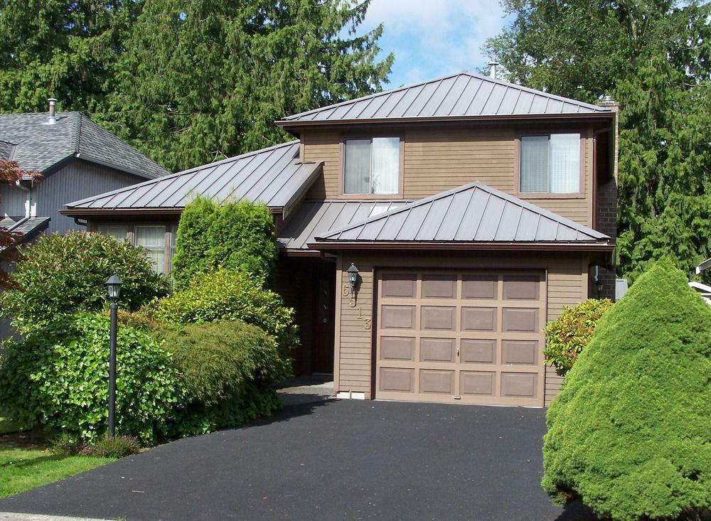 Main Photo: 6513 WOODGLEN Street in N. Delta: Home for sale : MLS®# F1016202