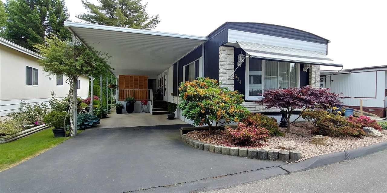 Main Photo: 324 1840 160 AVENUE in Surrey: King George Corridor Manufactured Home for sale (South Surrey White Rock)  : MLS®# R2175091