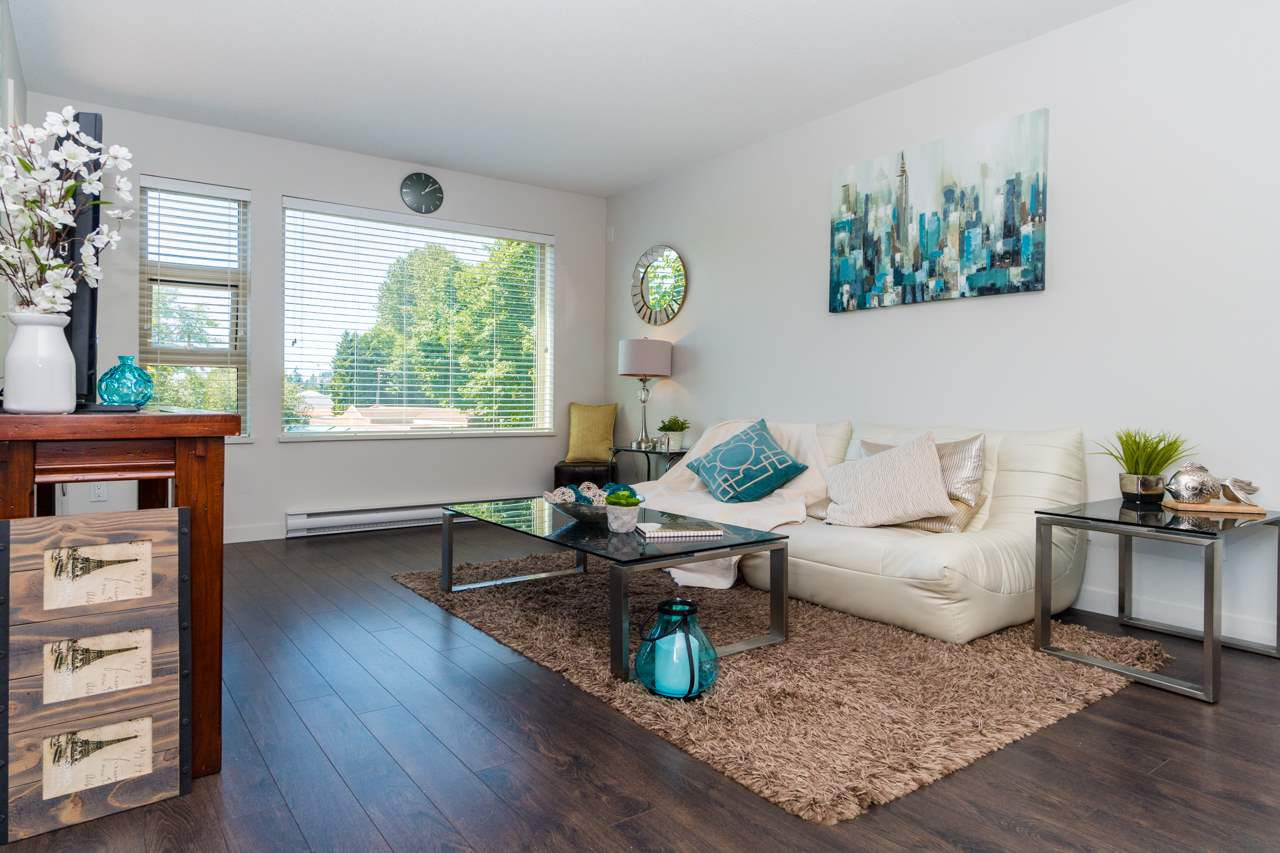 Main Photo: 308 1677 LLOYD AVENUE in North Vancouver: Pemberton NV Condo for sale : MLS®# R2182915