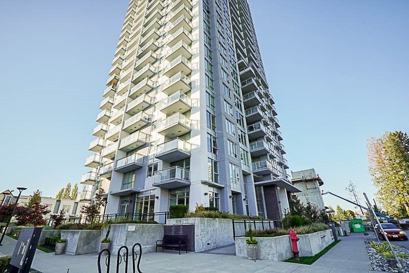 Main Photo: 815 13325 102A Avenue in Surrey: Whalley Condo for sale (North Surrey)  : MLS®# R2230695
