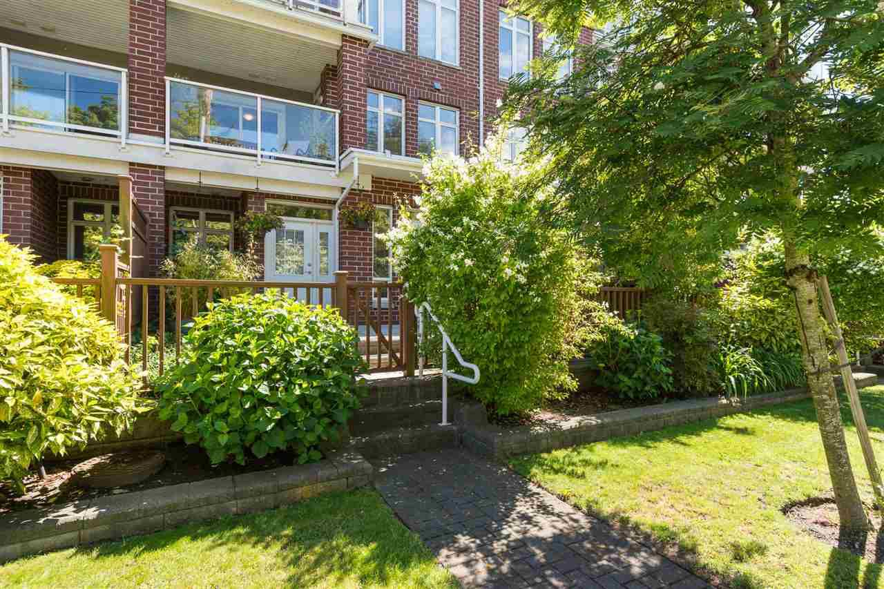 "Main Photo: 115 4280 MONCTON Street in Richmond: Steveston South Townhouse for sale in ""The Village at Imperial Landing"" : MLS®# R2233408"