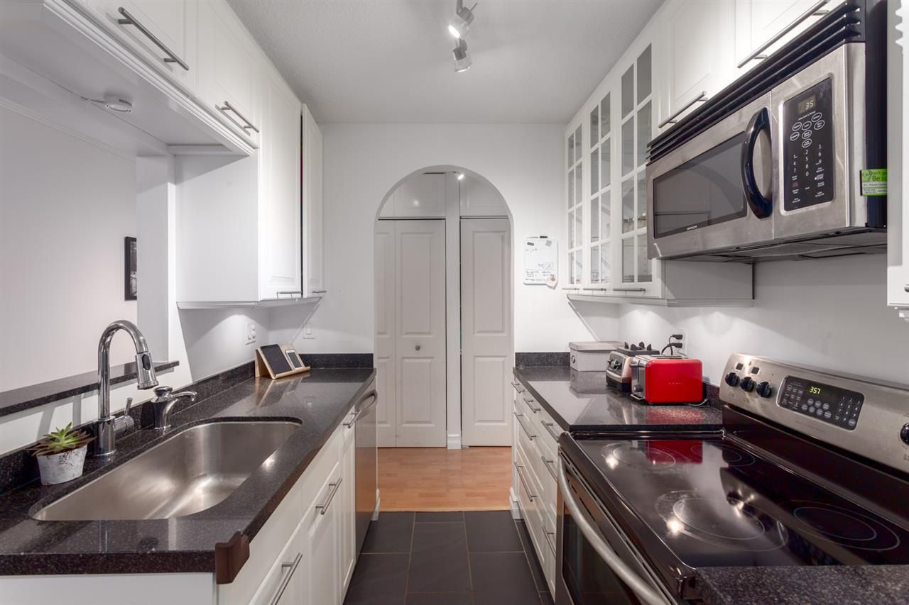 """Main Photo: 109 750 E 7TH Avenue in Vancouver: Mount Pleasant VE Condo for sale in """"DOGWOOD PLACE"""" (Vancouver East)  : MLS®# R2253449"""