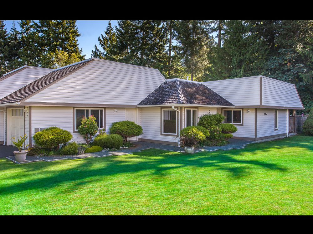 Main Photo: 6 460 Schley Place in Qualicum Beach: Townhouse for sale : MLS®# 412208