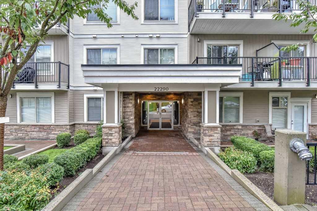 """Main Photo: 308 22290 NORTH Avenue in Maple Ridge: West Central Condo for sale in """"Solo"""" : MLS®# R2309801"""
