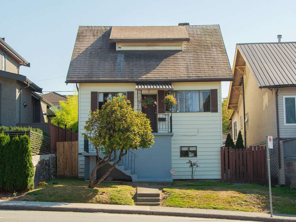 Main Photo: 1948 E 33RD Avenue in Vancouver: Victoria VE House for sale (Vancouver East)  : MLS®# R2319440