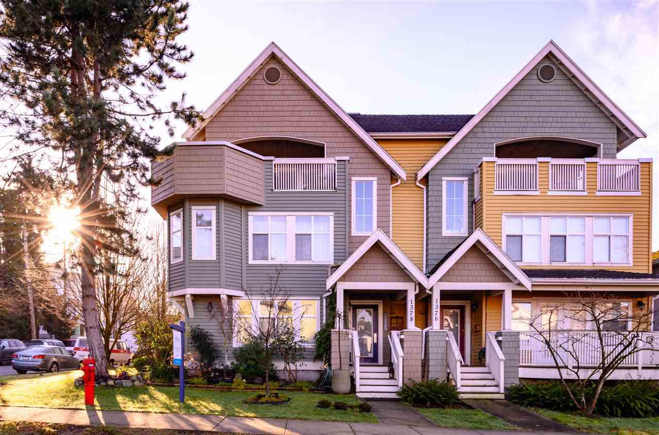 Main Photo: 1378 GRAVELEY Street in Vancouver: Grandview VE Townhouse for sale (Vancouver East)  : MLS®# R2330088