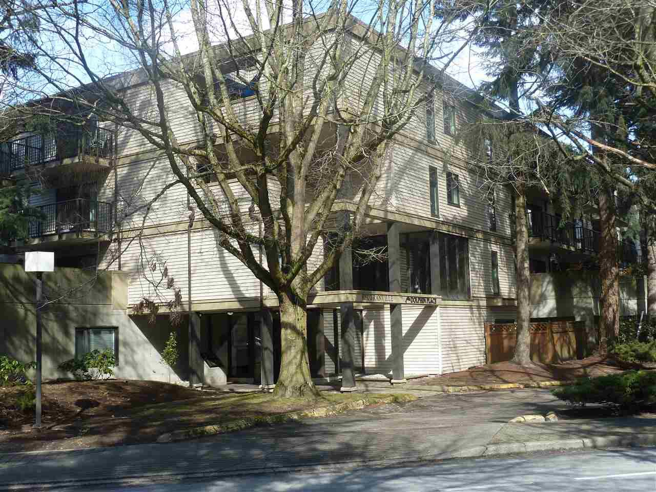"""Main Photo: 303 8231 GRANVILLE Avenue in Richmond: Brighouse Condo for sale in """"DOLPHIN PLACE"""" : MLS®# R2357255"""