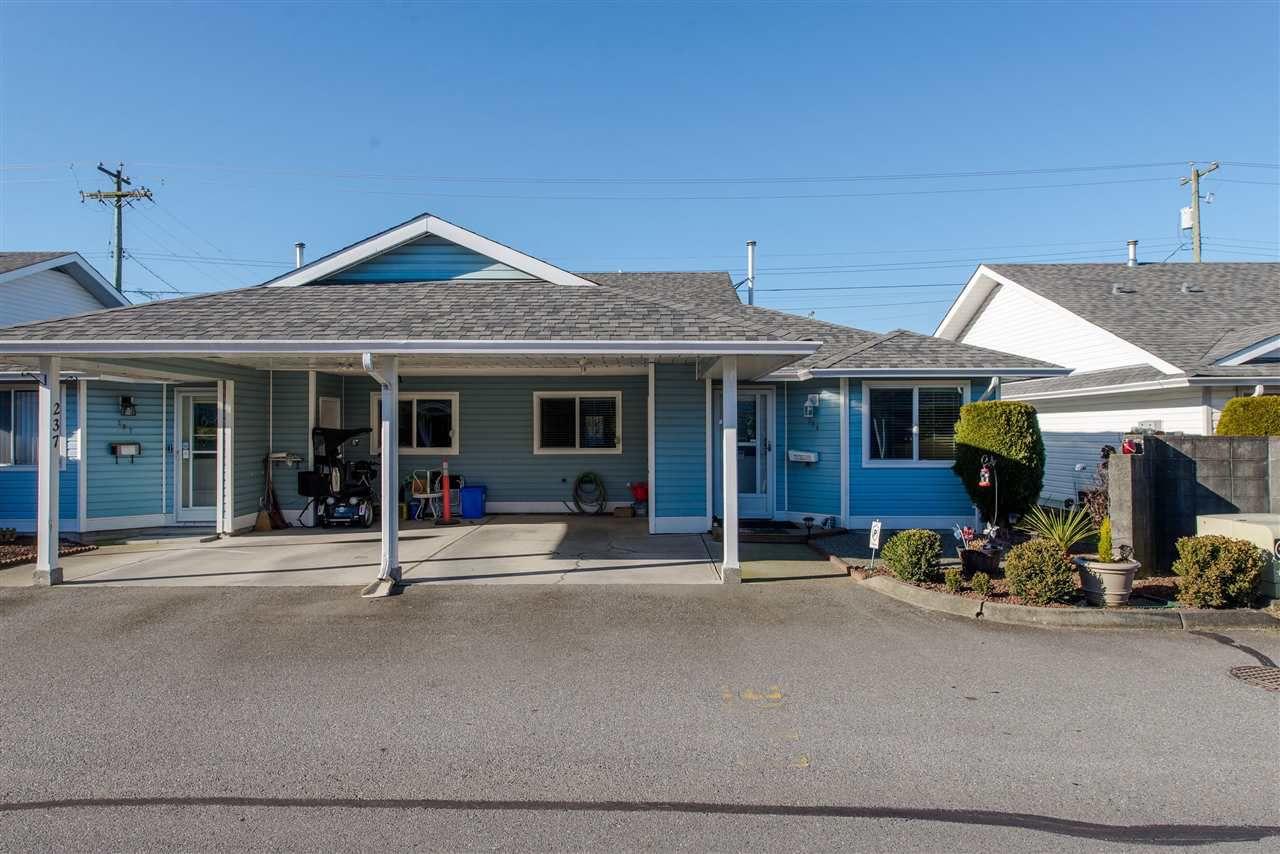 "Main Photo: 236 7610 EVANS Road in Sardis: Sardis West Vedder Rd Townhouse for sale in ""Cottonwood Retirement Village"" : MLS®# R2367766"