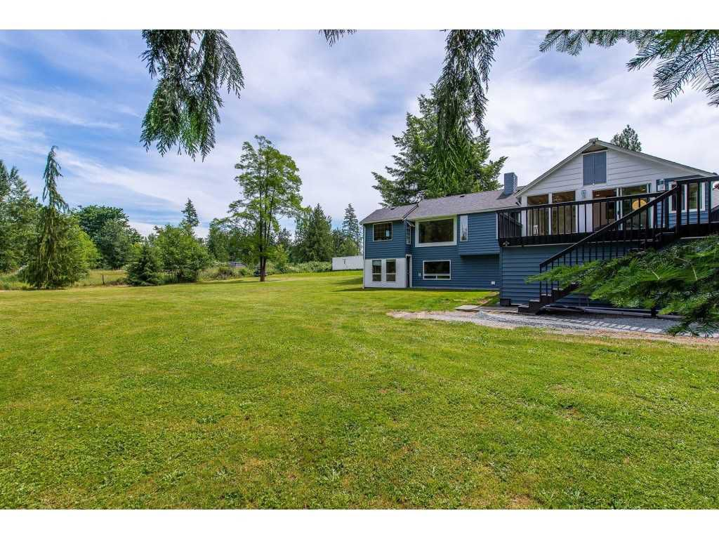 Main Photo: 5900 BAYNES Street in Abbotsford: Bradner House for sale : MLS®# R2380000