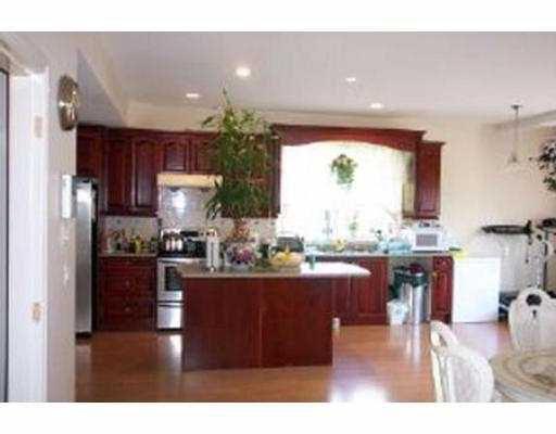 "Photo 7: Photos: 20975 GOLF LN in Maple Ridge: Southwest Maple Ridge House for sale in ""GOLF LANE ESTATES"" : MLS®# V544240"