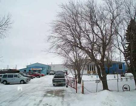 Main Photo: 2244 Springfield Rd.: Industrial / Commercial / Investment for sale (North Kildonan)  : MLS®# 2518971