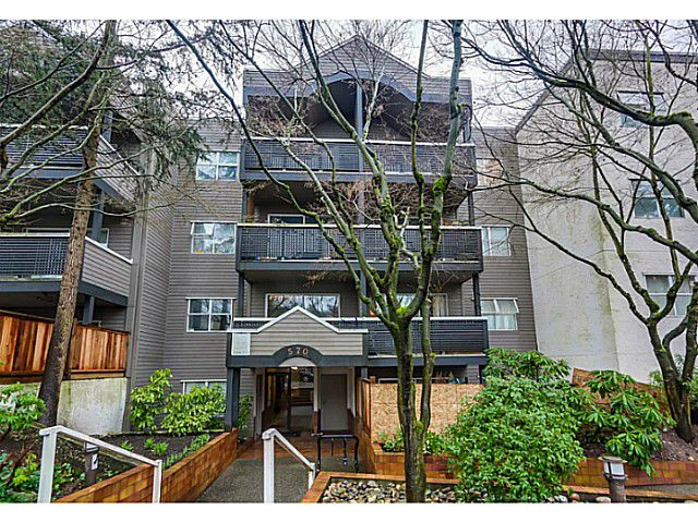 "Main Photo: 204 570 E 8TH Avenue in Vancouver: Mount Pleasant VE Condo for sale in ""THE CAROLINAS"" (Vancouver East)  : MLS®# V1105079"