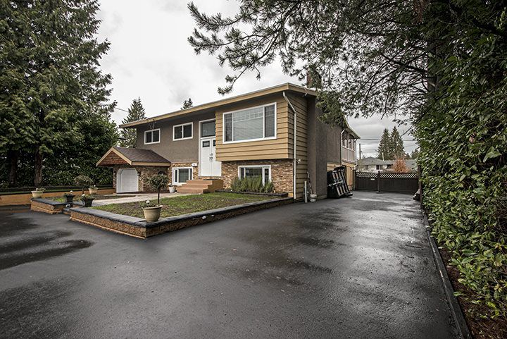 Main Photo: 1783 COMO LAKE Avenue in Coquitlam: Harbour Place House for sale : MLS®# R2036303
