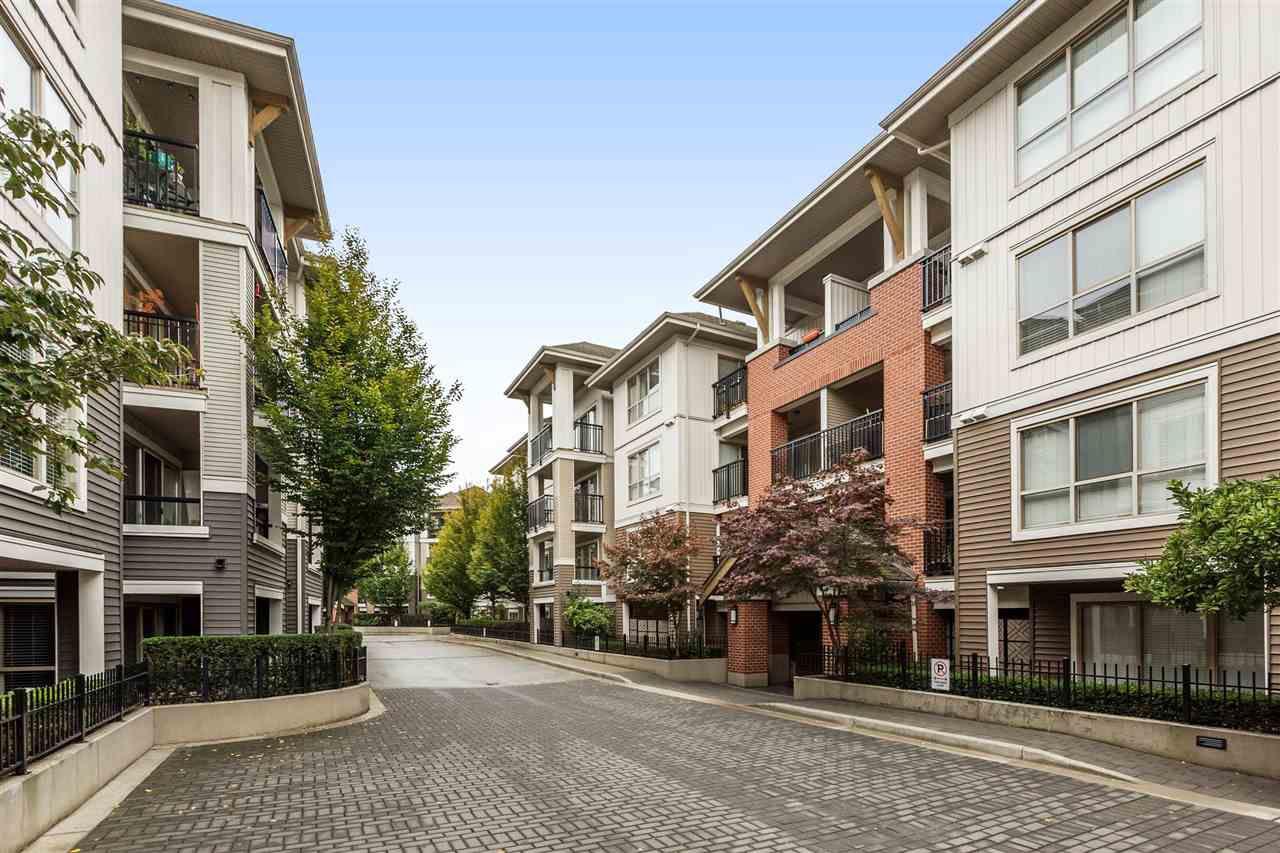Main Photo: C201 8929 202 Street in Langley: Walnut Grove Condo for sale : MLS®# R2179351