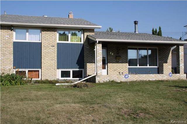 Main Photo: 44 Monaco Bay in Winnipeg: Windsor Park Residential for sale (2G)  : MLS®# 1722140
