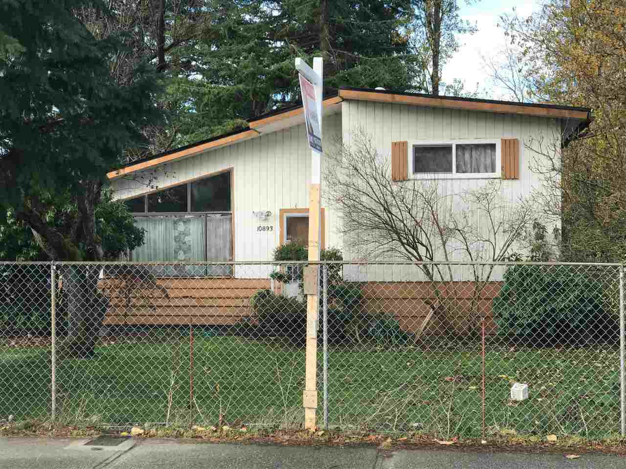 Main Photo: 10893 140 Street in Surrey: Bolivar Heights House for sale (North Surrey)  : MLS®# R2221916