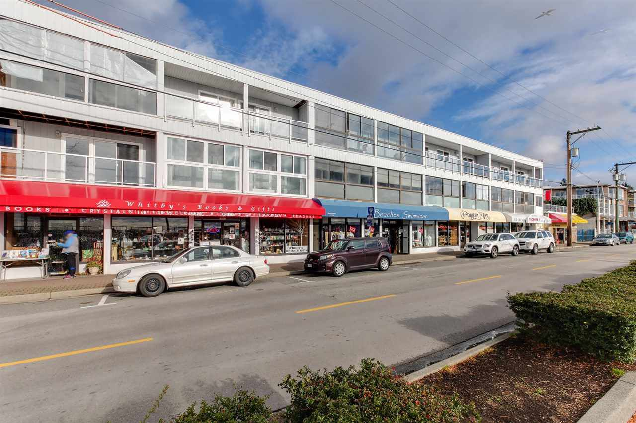 """Main Photo: 107 14881 MARINE Drive: White Rock Condo for sale in """"DRIFTWOOD ARMS"""" (South Surrey White Rock)  : MLS®# R2222766"""