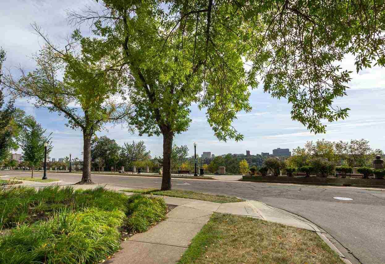 Photo 30: Photos: 602 11826 100 Avenue in Edmonton: Zone 12 Condo for sale : MLS®# E4128458