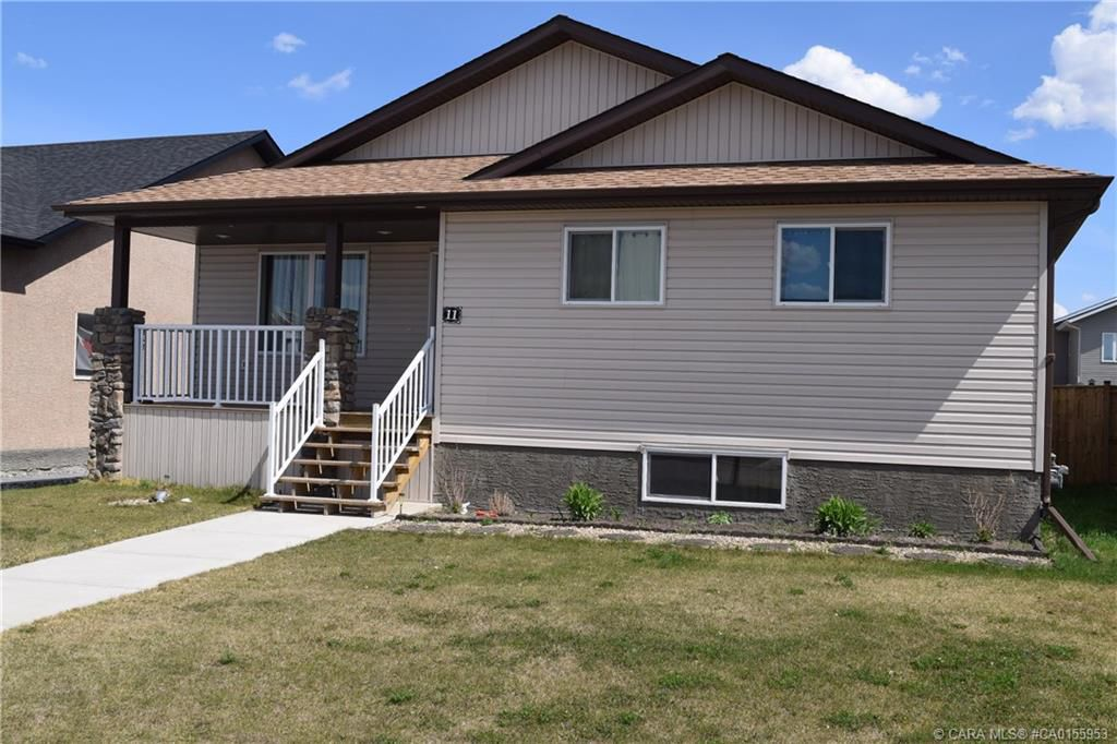 Main Photo: 11 Fawn Meadows Drive in Delburne: RC Delburne Residential for sale (Red Deer County)  : MLS®# CA0155953