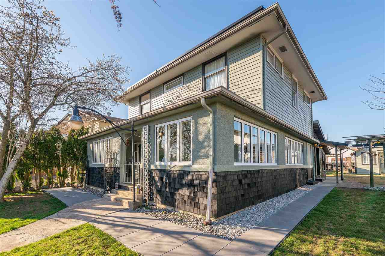 Main Photo: 33137 5TH Avenue in Mission: Mission BC House for sale : MLS®# R2350837