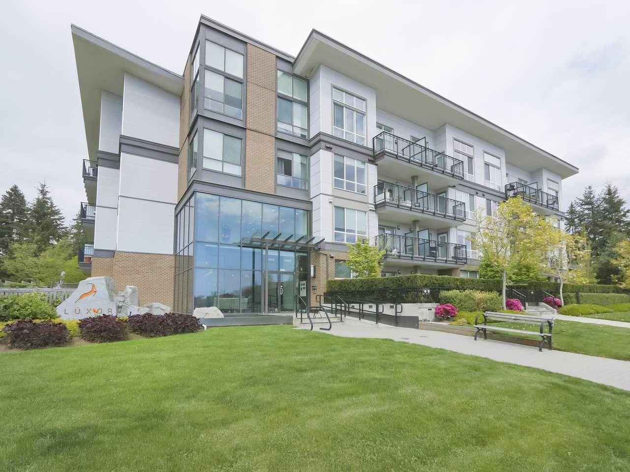 Main Photo: 426 12039 64 Avenue in Surrey: West Newton Condo for sale : MLS®# R2369916