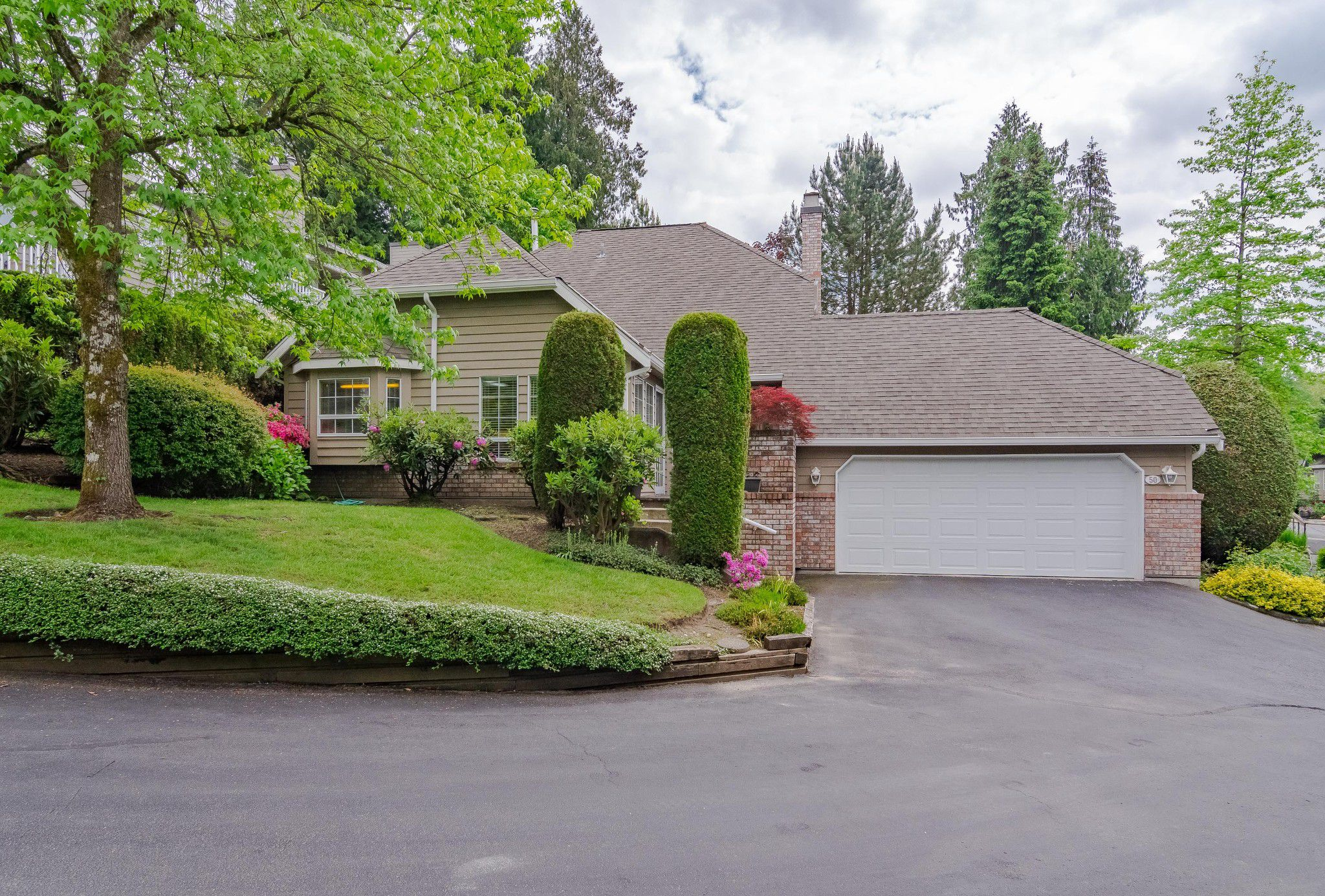 Welcome to #50 - 21848 50th Ave., in the Sought-After Cedar Crest Estates community in Murrayville!