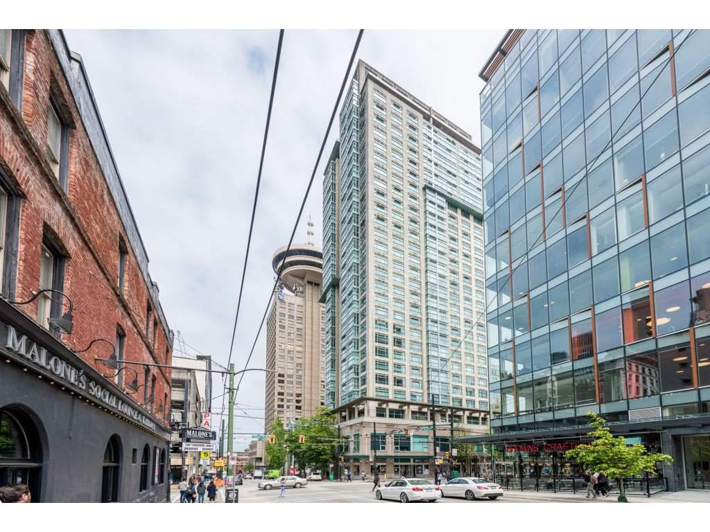 """Main Photo: 507 438 SEYMOUR Street in Vancouver: Downtown VW Condo for sale in """"CONFERENCE PLAZA"""" (Vancouver West)  : MLS®# R2374850"""