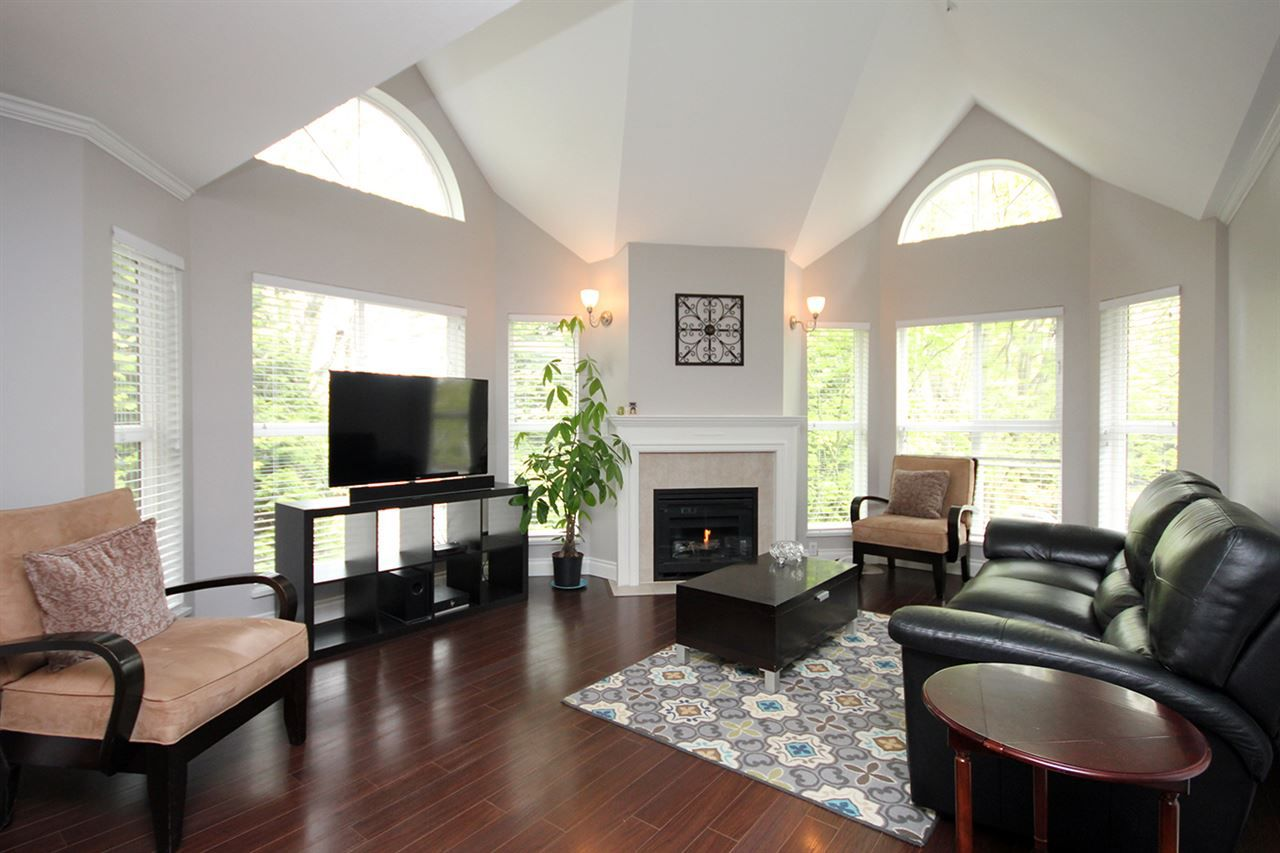 """Main Photo: 203 12088 66 Avenue in Surrey: West Newton Condo for sale in """"LAKEWOOD TERRACE"""" : MLS®# R2382551"""