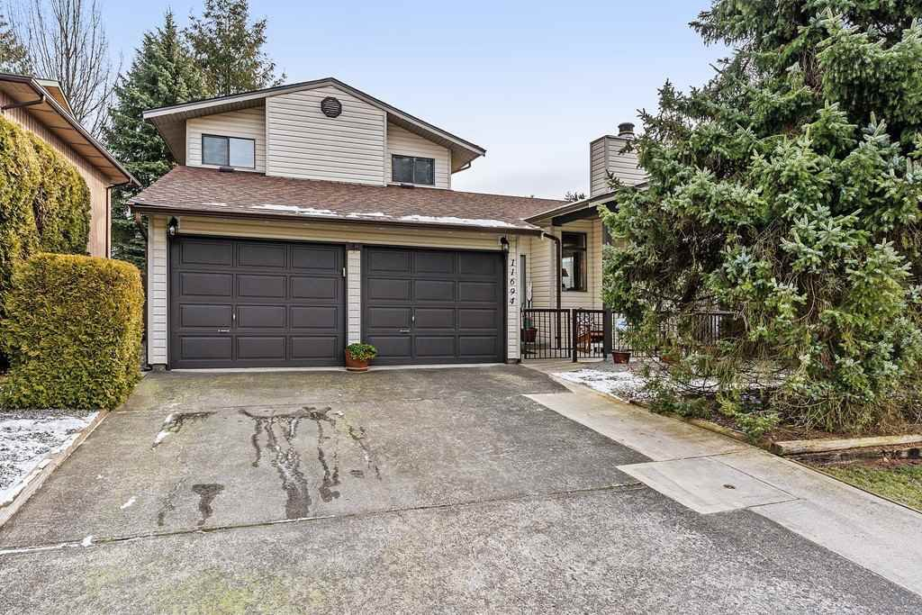 Main Photo: 11694 MISUTO Place in Maple Ridge: Southwest Maple Ridge House for sale : MLS®# R2383449