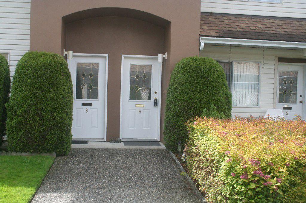 Main Photo: 6 46350 CESSNA Drive in Chilliwack: Condo for sale : MLS®# H1304487