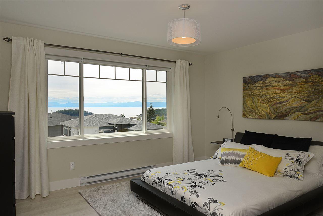 Photo 8: Photos: 6400 HIGGS Crescent in Sechelt: Sechelt District House for sale (Sunshine Coast)  : MLS®# R2072442