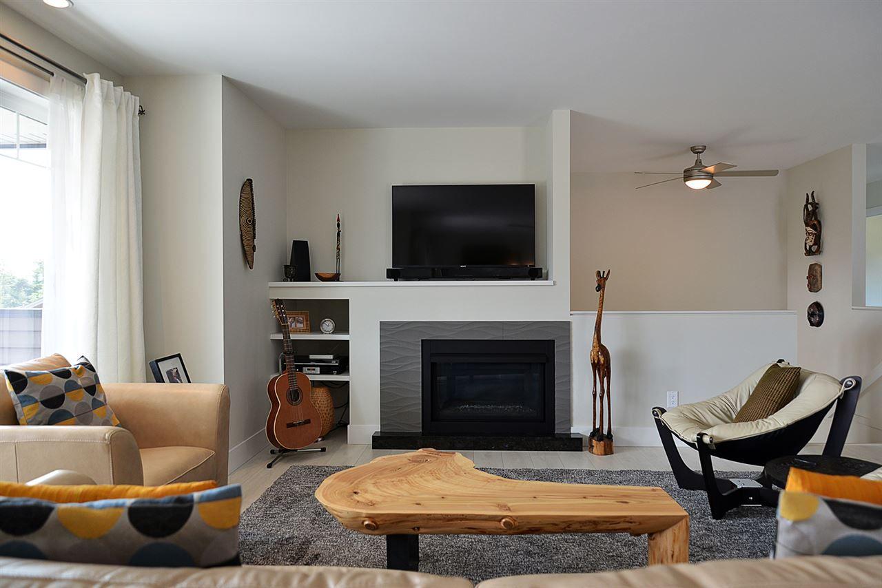 Photo 7: Photos: 6400 HIGGS Crescent in Sechelt: Sechelt District House for sale (Sunshine Coast)  : MLS®# R2072442