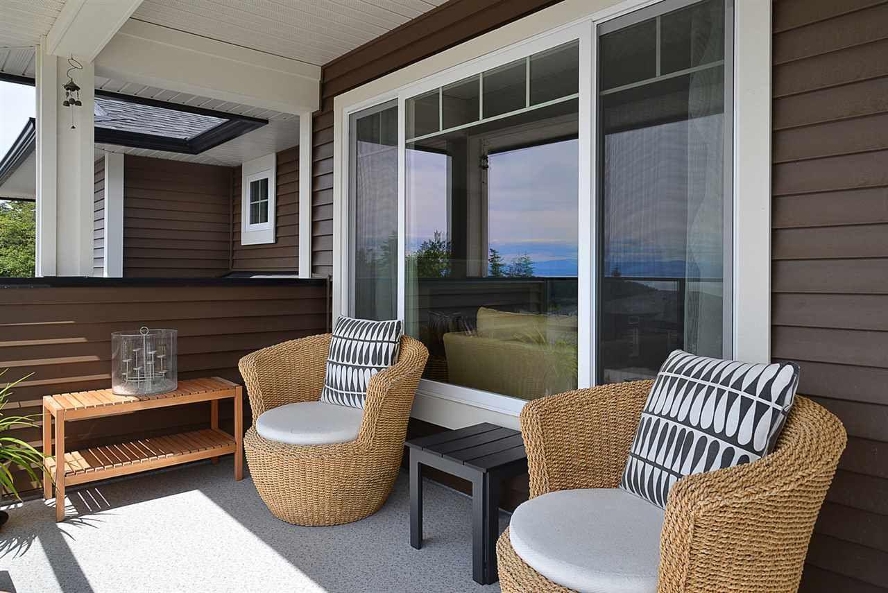Photo 13: Photos: 6400 HIGGS Crescent in Sechelt: Sechelt District House for sale (Sunshine Coast)  : MLS®# R2072442