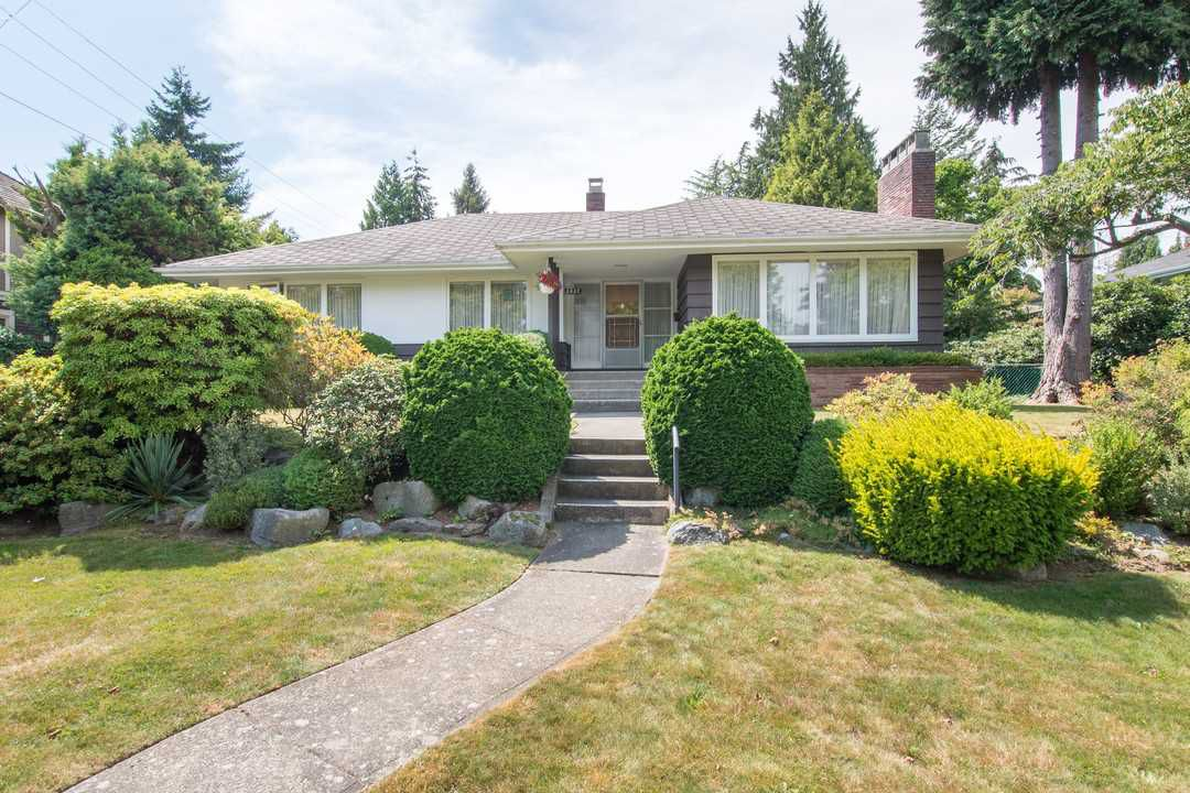 "Main Photo: 2037 ALLISON Road in Vancouver: University VW House for sale in ""UEL SOUTH"" (Vancouver West)  : MLS®# R2100165"